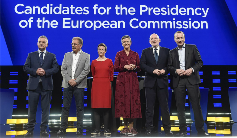 1200px-Debate_of_lead_candidates_for_the_European_Commission_presidency_-40894703423-